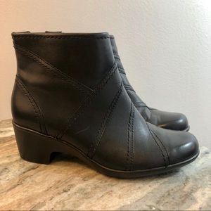 Clark's booties size 6.5 black leather wedge